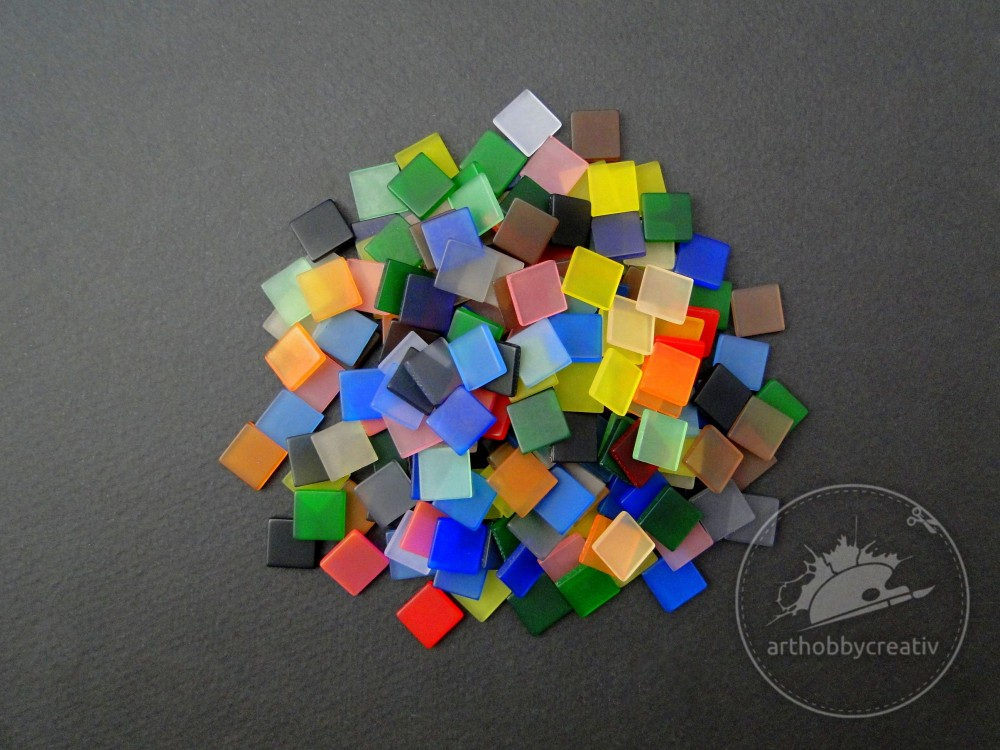 Mozaic plastic 10x10 mm set/190 buc