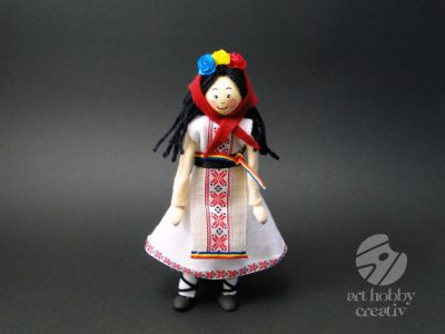 Pachet creativ - papusa fata in costum traditional