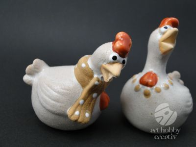 Decoratiune din ceramica - gaina 7,5cm set/2buc